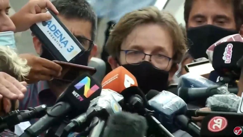 """Morte Maradona, il medico: """"Nessun segno di violenza, faremo un'autopsia"""". Il risultato arriverà già nelle prossime ore"""
