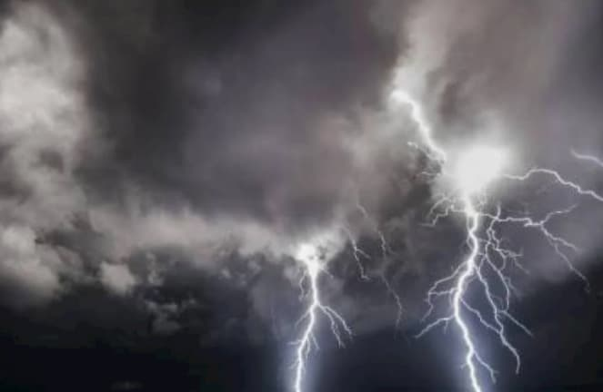 Campania, allerta meteo gialla domani dalle sei del mattino