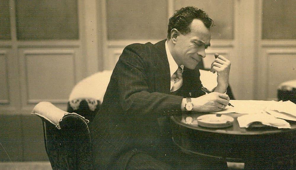 Raffaele Viviani, diritti scaduti