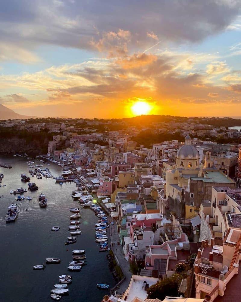 Procida Capitale Italiana della Cultura 2022: la decisione entro il 18 gennaio