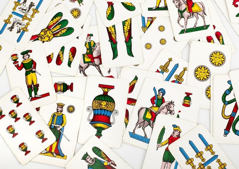 Dal lotto alle carte, l'antica passione per il gioco dei napoletani