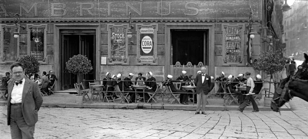 Rivive la Napoli degli anni '30