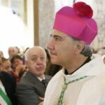 Il sosia di papa Bergoglio