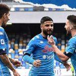 Nonostante una difesa da film horror, il Napoli batte il Crotone 4-3