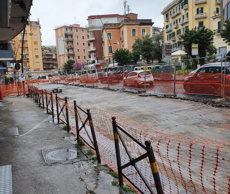 Napoli, addio ai sampietrini a via Giacinto Gigante