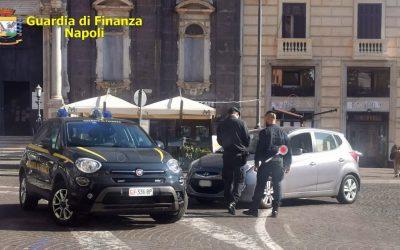 Napoli, controlli della Guardia di Finanza a persone ed esercizi commerciali: 162 sanzioni