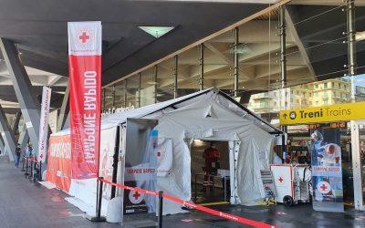 Napoli, alla Stazione Centrale il centro tamponi gratuiti di Croce Rossa per i soggetti più vulnerabili