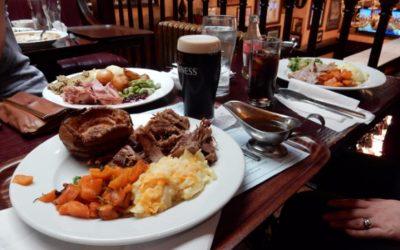 Chiaia, a cena in pub oltre l'orario del coprifuoco: sanzionate 11 persone