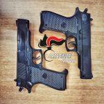 Napoli, puntano le pistole contro una prostituta e la rapinano: due arresti