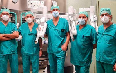 Pascale, primi interventi di chirurgia robotica per la cura del tumore polmonare in Campania