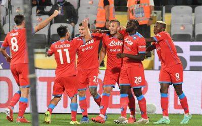 Il Napoli piega anche la Fiorentina e sono 7 su 7